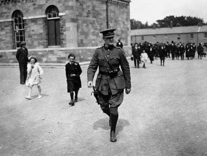 michael-collins-commander_in_chief-july-1922.jpg